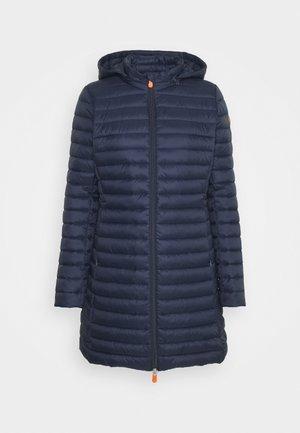 GIGA BRYANNA DETACHABLE HOODED - Abrigo de invierno - navy blue