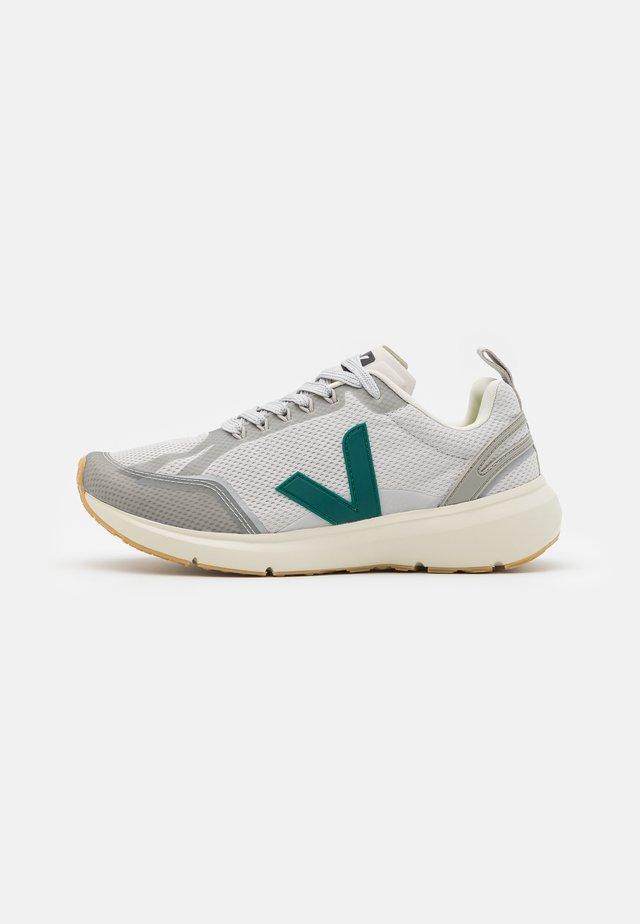 CONDOR 2 - Neutrální běžecké boty - light grey/brittany