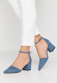 Bianco - BIADIVIVED - Klassiske pumps - light blue - 0