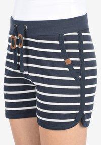 Blendshe - KIRA - Shorts - navy - 2