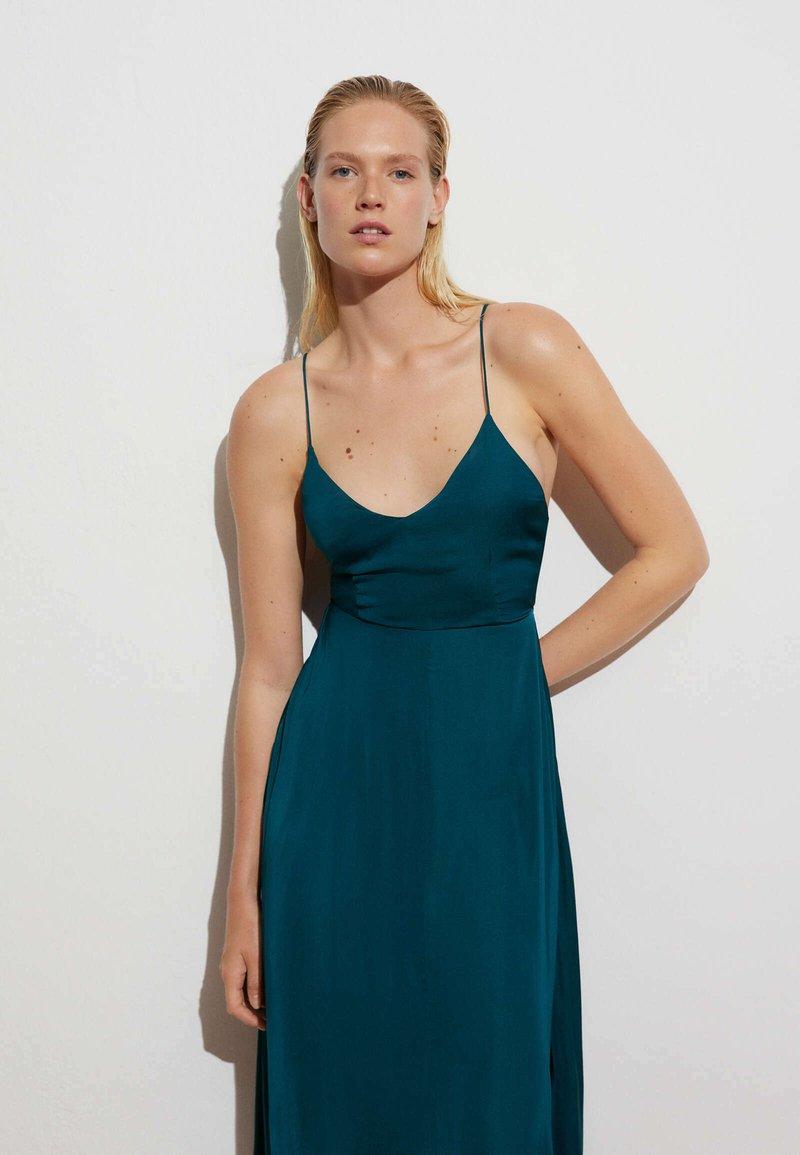 OYSHO - SATIN - Day dress - evergreen