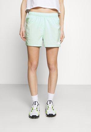 MOVMYNT SHORT - Sports shorts - misty jade