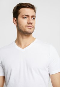 TOM TAILOR - 2 PACK - T-shirt - bas - white - 4