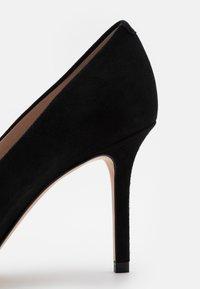 HUGO - INES - Classic heels - black - 6