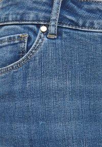 Forever New Curve - HAZEL CURVE HIGH RISE - Slim fit jeans - tulum blue - 2
