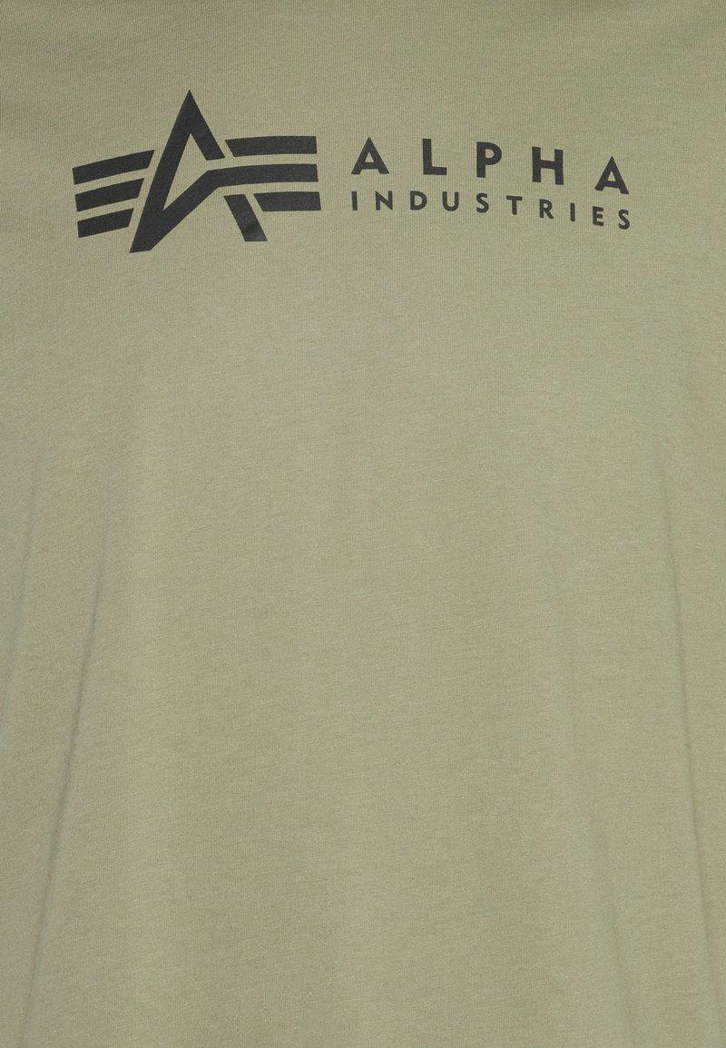 Alpha Industries - ALPHA LABEL 2 PACK - Print T-shirt - olive/burgundy