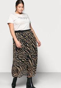 Kaffe Curve - KCVENKE SKIRT - A-line skirt - black - 3