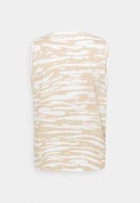 Marc O'Polo DENIM - SLEEVELESS - Print T-shirt - multi/island beige - 1