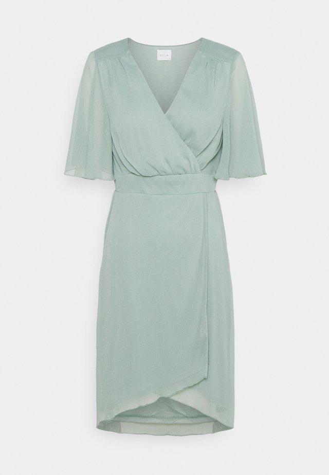 VIRILLA 2/4 SLEEVE DRESS - Cocktailjurk - jadeite
