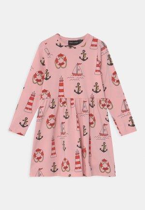 LIGHTHOUSE - Sukienka z dżerseju - pink