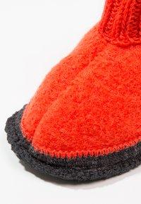Bergstein - COZY - Domácí obuv - orange - 5
