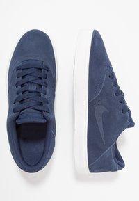 Nike SB - CHECK - Zapatillas - midnight navy/black/summit white - 0