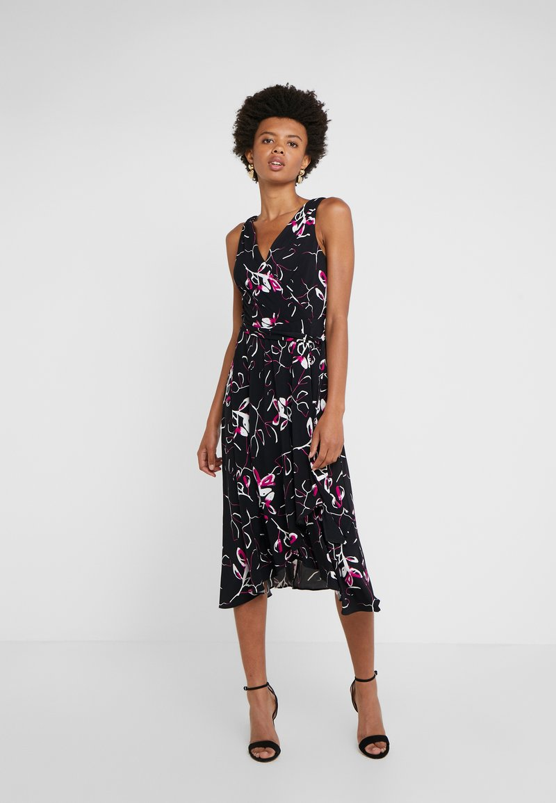 DKNY - HANDKERCHIEF DRESS - Jersey dress - black/berry