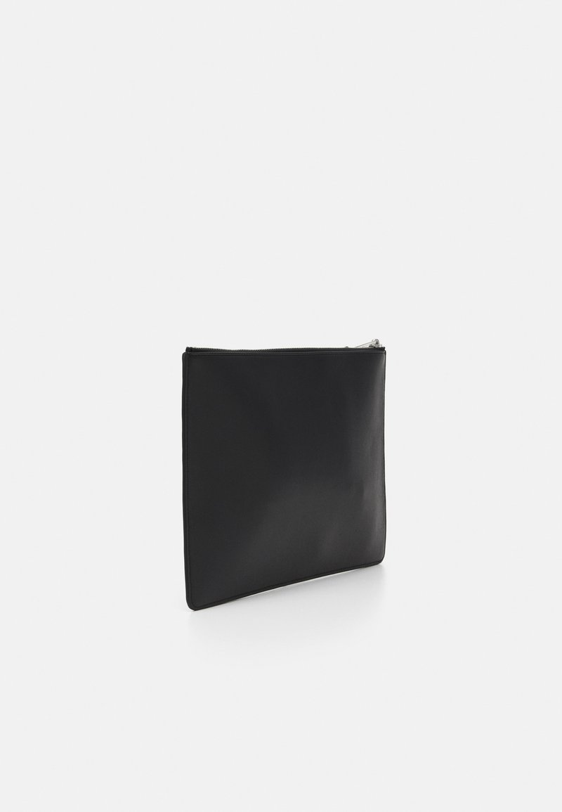 KARL LAGERFELD STUDIO PINS POUCH - Kuvertväska - black