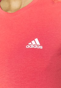 adidas Performance - Basic T-shirt - crered/white - 4
