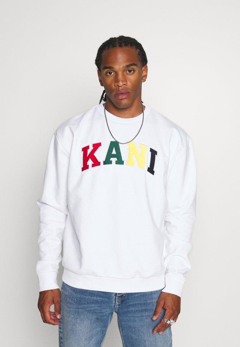 Karl Kani - SERIF CREW - Sweatshirt - white