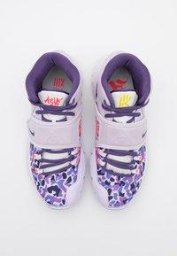 Nike Performance - KYRIE 6 - Basketbalové boty - barley grape/gravity/purple seal - 3