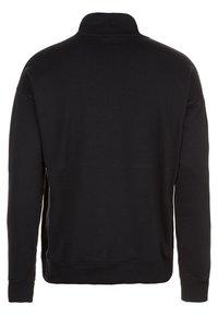New Balance - Sweatshirt - black - 1