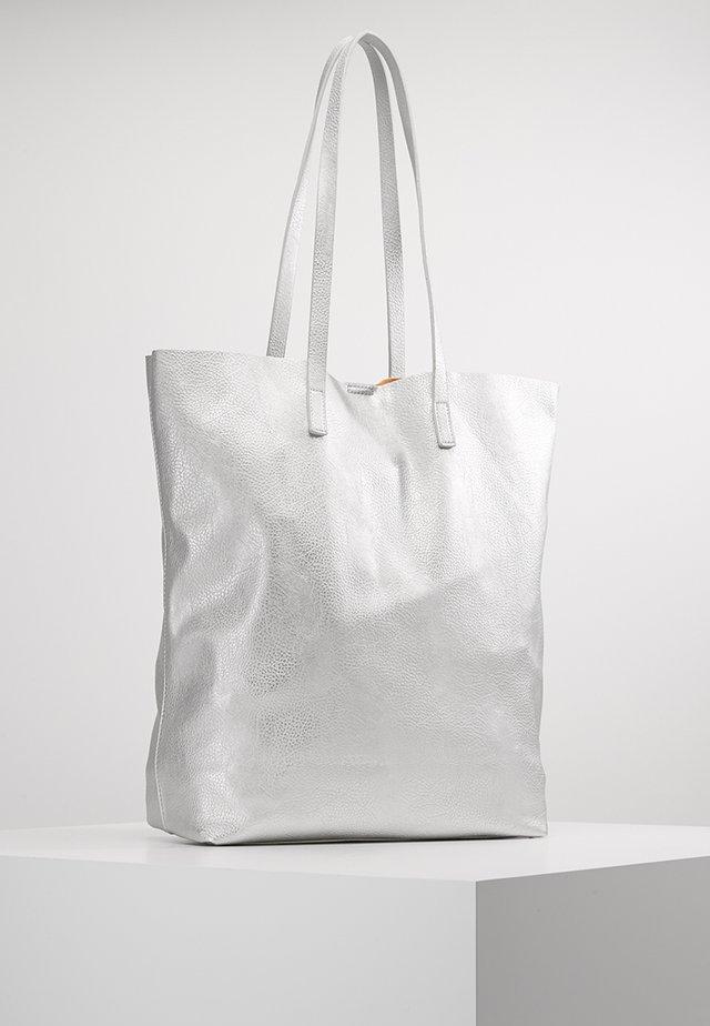 VMANNA - Tote bag - silver