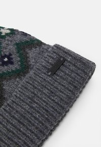 Belstaff - FAIRISLE HAT UNISEX - Čepice - grey/navy/green - 3