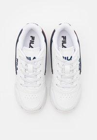 Fila - ORBIT KIDS - Zapatillas - white/dress blue - 3