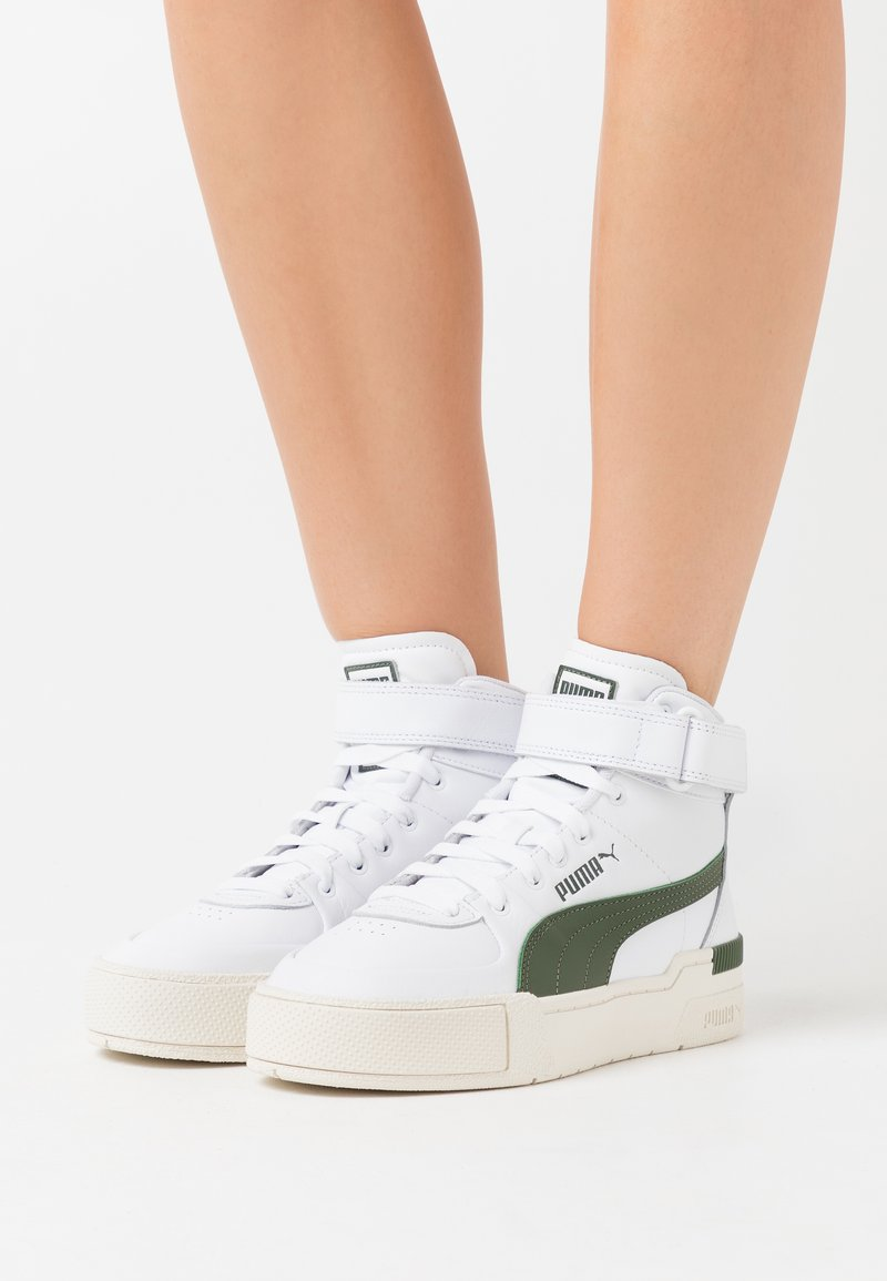 Puma - CALI SPORT WARM UP - Sneakers high - white/thyme/marshmallow