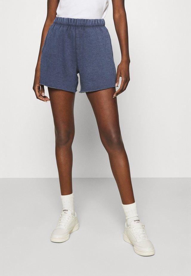 Shorts - fresh bright