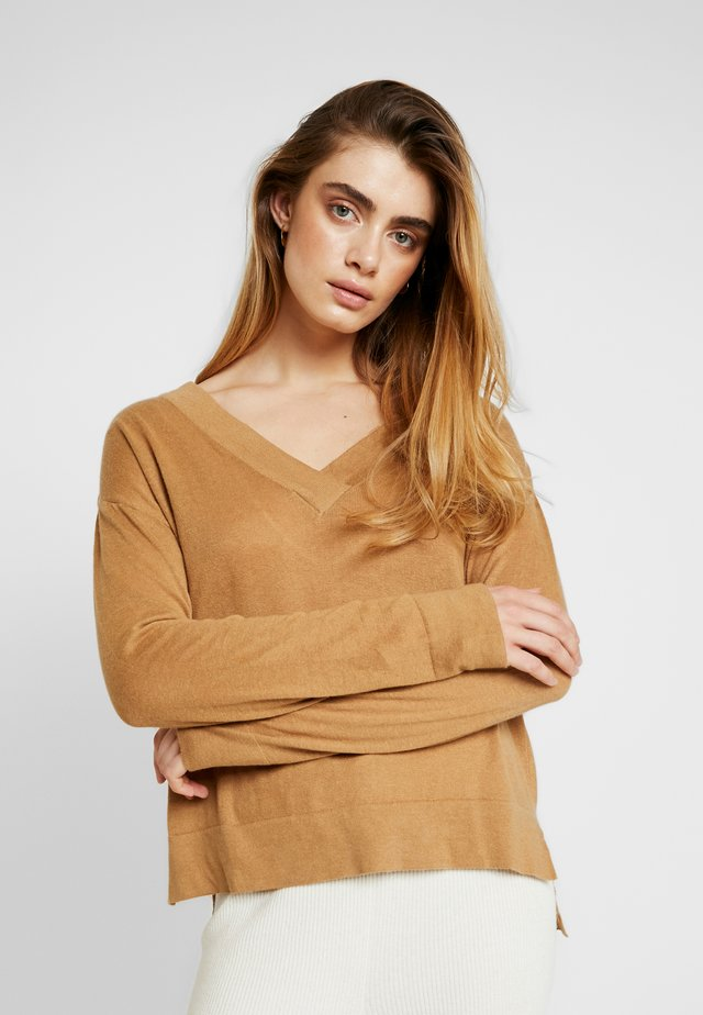 MATHILDE JUMPER - Pullover - iced coffee