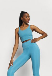 Nike Performance - THE YOGA 7/8  - Medias - cerulean/light armory blue - 3