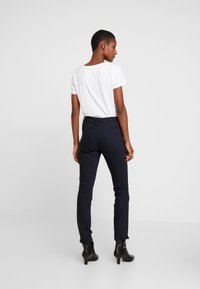 More & More - TROUSER - Trousers - marine - 3