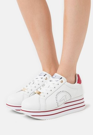 ERIKA  - Zapatillas - white/bouganville