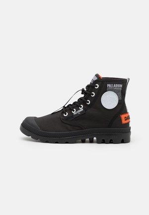 PAMPA LITE OVERLAB UNISEX - Zapatillas altas - black