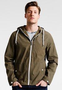 Pier One - Summer jacket - olive - 0