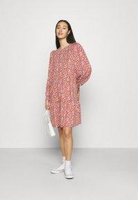 ONLY - ONLSKY DRESS - Jerseykjole - bossa nova - 1