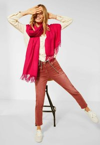 Cecil - SOFTER - Scarf - rot - 1