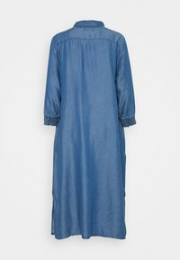 Culture - MINDY DRESS - Maxi dress - light blue wash - 1