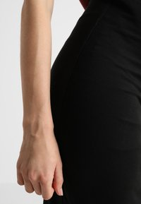 Boob - ONCE ON NEVER OFF PENCIL SKIRT - Jupe crayon - black - 4