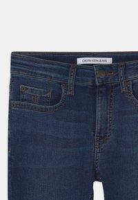 Calvin Klein Jeans - SKINNY - Skinny džíny - essential royal blue - 2