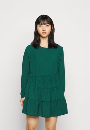 TIERED SMOCK DRESS  - Denní šaty - dark green