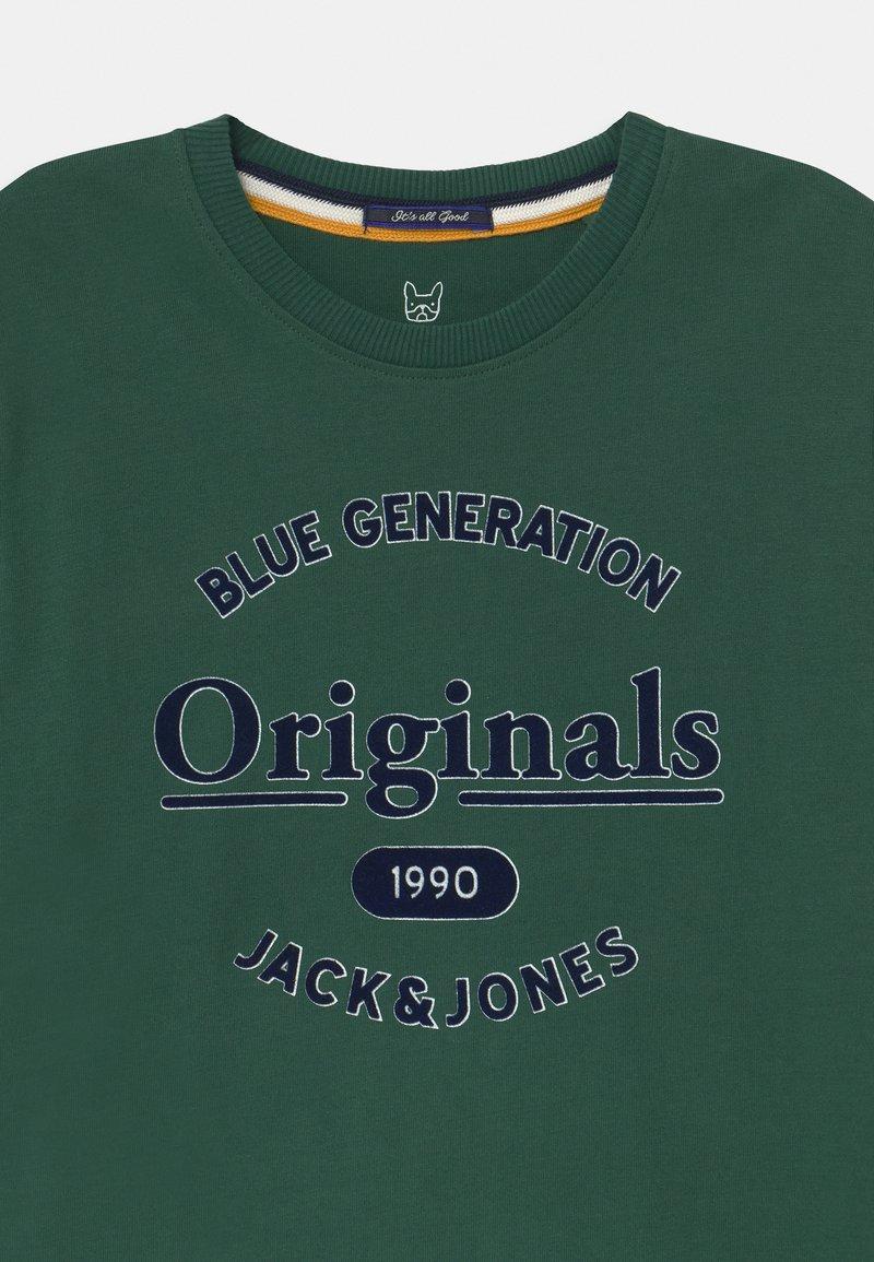 Jack/&Jones Mens JORHIKARI Crew Neck Tee Pullover T-Shirt   Trekking Green