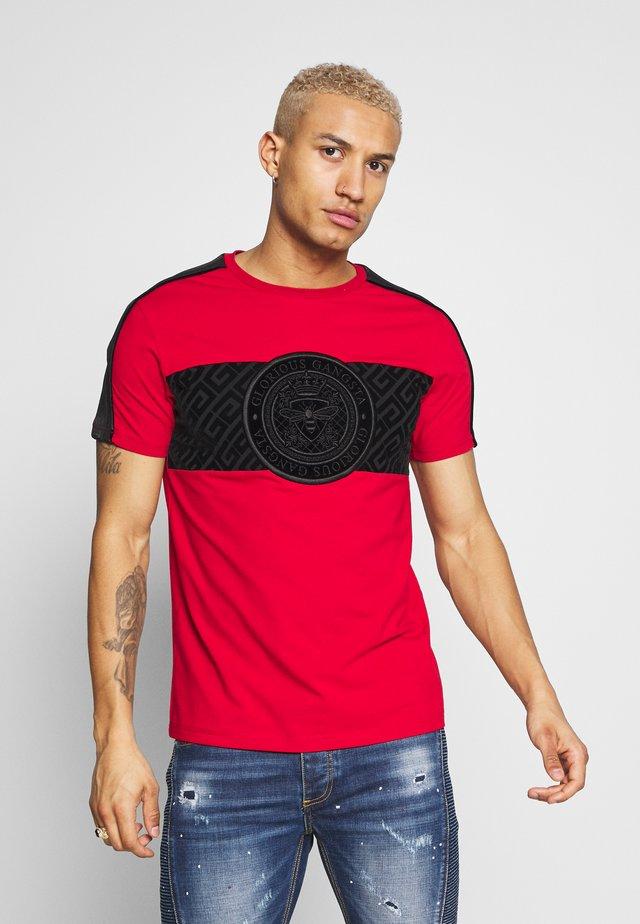 DALIAN - T-shirt z nadrukiem - red