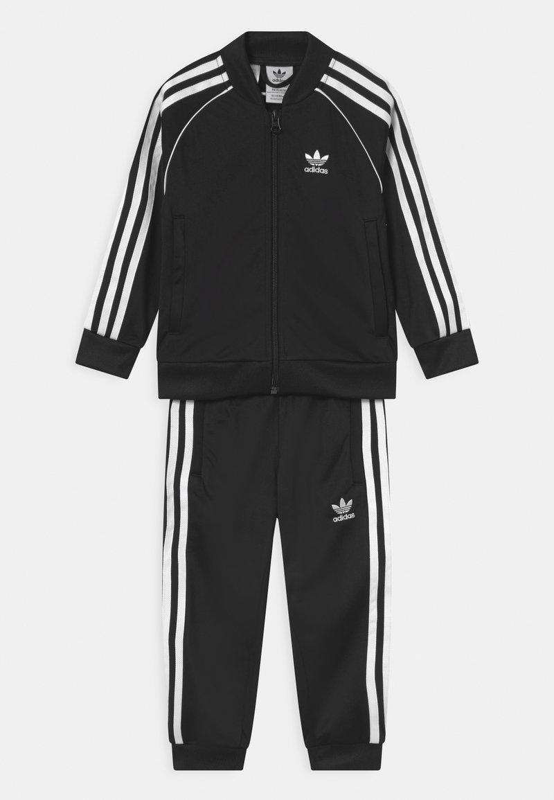 adidas Originals - TRACKSUIT SET UNISEX - Tuta - black/white