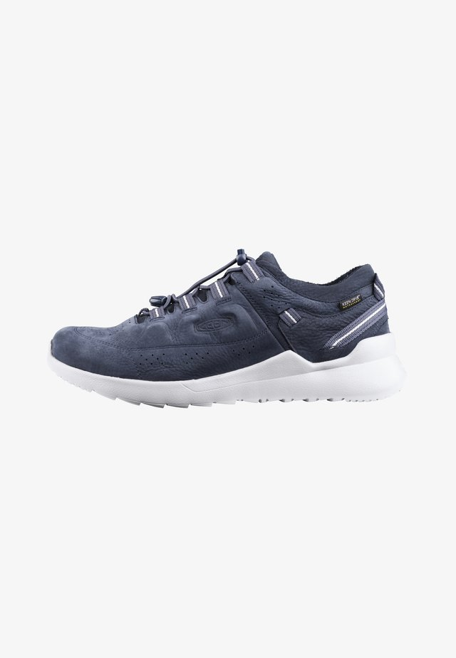 HIGHLAND WP - Sneakers laag - blue nights/drizzle