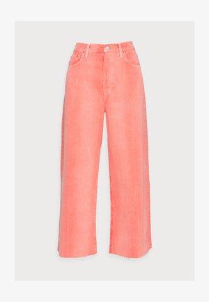 DEVON - Jeans Straight Leg - waterline fire coral