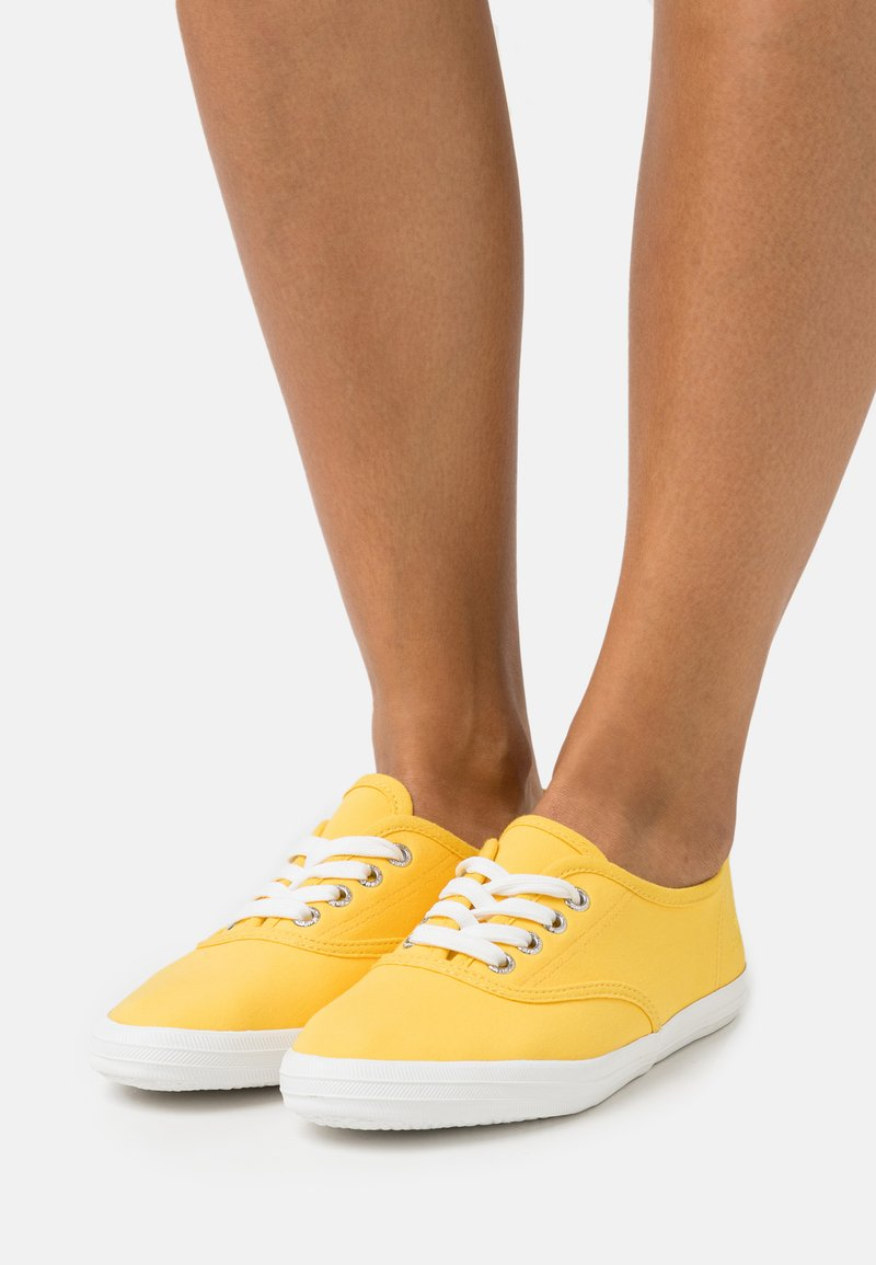 TOM TAILOR - Trainers - yellow