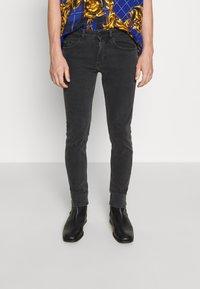 Versace Jeans Couture - MEDIUM WASH - Straight leg jeans - black - 0