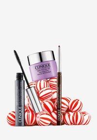 Clinique - POWER LASHES - Makeup set - - - 1