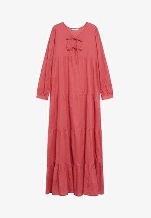 VIOLET - Robe longue - erdbeerrot