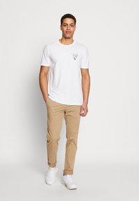Pier One - T-shirt imprimé - white - 1