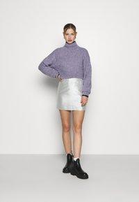 Monki - LUCY SKIRT - Mini skirt - silver - 1